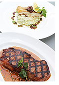 Roast Pacific Cod(タラのロースト)上、Grilled Sirloin Steak 300g(サーロインステーキのグリル)下