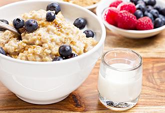 IMG:アメリカの朝食最新事情/オートミール(イメージ)
