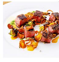 受賞料理/ストリップロインのステーキ すき焼き スタイル