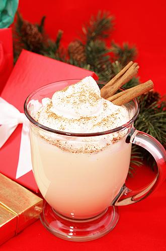IMG: この冬のトレンド「エッグノッグ」のあるクリスマス
