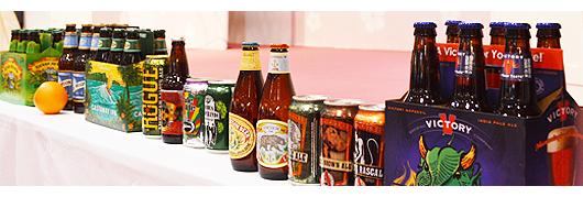 2015年のFOODEXアメリカパビリオンにおいて、試飲のために馳せたクラフトビールを紹介