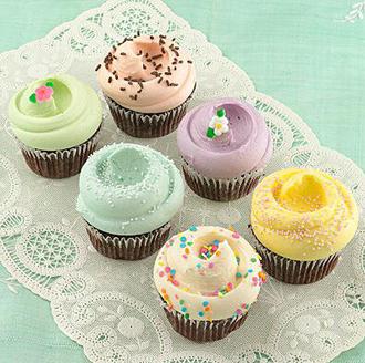 IMG: 「初めまして!」のアメリカンスイーツ(MAGNOLIA BAKERYのカップケーキ)」