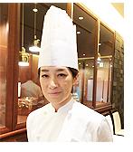 第一回アメリカ乾燥卵スイーツ・ベーカリーシェフコンテスト最優秀賞受賞名古屋東急ホテルの田中百恵さん