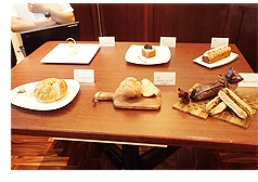 最終審査にノミネートされたお菓子やパン