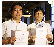 「スライダー/ガンボコンテスト」のグランプリを受賞した2店舗のBakery TAVERNの松浦寛大シェフ(写真左)とnavarre代表取締役の森敏さん(写真右)