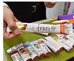 完熟フルーツの純度100%のフローズンアイス「froozer」