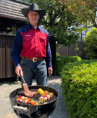 IMG:楽しくて美味しいバーベキューはアメリカの文化!~福岡米国領事館テイラー首席領事のバーベキューレシピ~