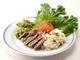 ビーフステーキと夏野菜、とうもろこしとハーブのご飯