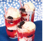 ラズベリー&ブラックベリーアイスクリームソーダ